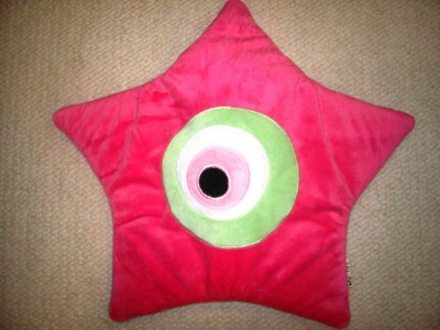 Poofin Fushia Pink Star Pillow